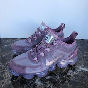 Nike Shoes - WOMEN'S NIKE AIR VAPORMAX 2019 Plum Chalk Pink